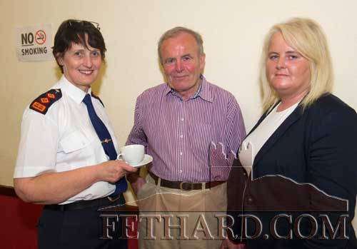 Photographed at the launch of the Cloneen & Killusty Community Text Alert Schemes in Cloneen Hall are L to R: Chief Superintendent Catherine Kehoe, Cllr John Fahey and Cllr Imelda Goldsboro.