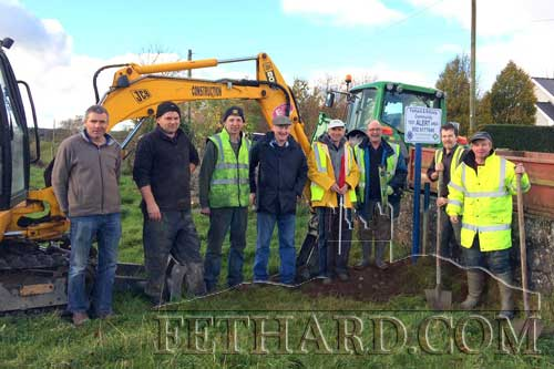 Photographed earlier this week are some of the great Fethard volunteers who helped erect the Community Text Alert signs and poles where needed. L to R: Philip Crean, David Guiry, Seamus Barry, Seamus Butler, Eamon Kennedy, Michael McCarthy, Michael Tynan and Brian Sheehy.